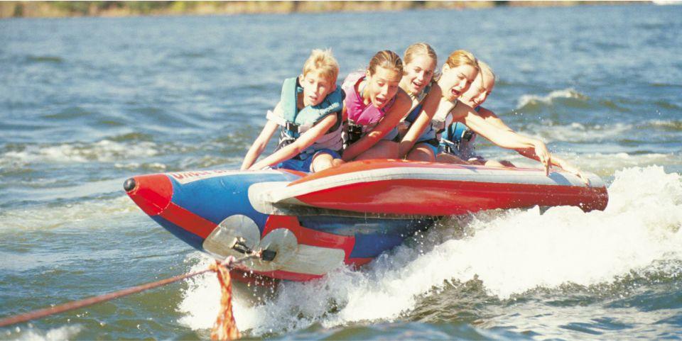 5 children on the wake snake ride